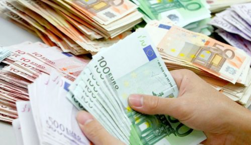 Dinar i funta jačaju, franak i dolar padaju 12