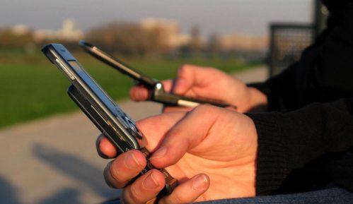 """""""Glupi"""" telefoni su ponovo u modi 2"""