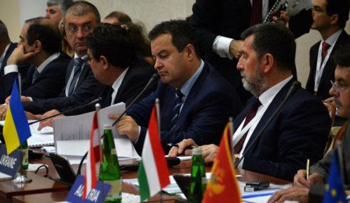 Dačić: Fokusirati se na regionalni interes 12