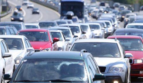 AMSS: Danas veliki broj vozila na putevima ka Čačku i Guči 13