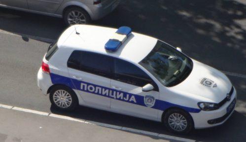 Policija u Nišu uhapsila muškarca zbog držanja veće količine oružja 6