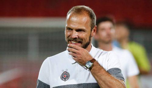 Tomić (za sada) ostaje trener 8