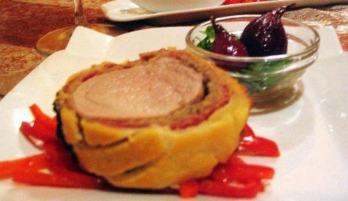 Recept nedelje: Posrbljeni biftek vojvode Wellingtona: Пиг Велибор 3