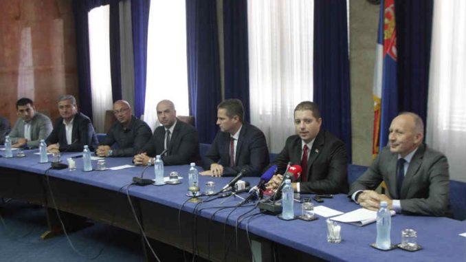 Srbi žele da zadrže 10 parlamentarnih mesta 1