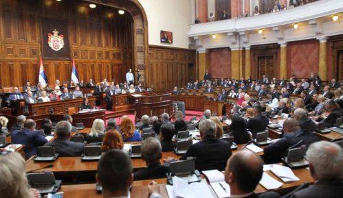 Skupština: Poslanici utvrđuju red od 11,00 sati 4