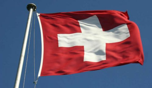 Pad švajcarske ekonomije najgori od 1975. 12