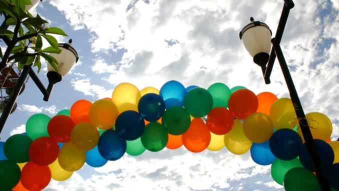 Skup podrške LGBTI osobama ispred ambasade Turske 1