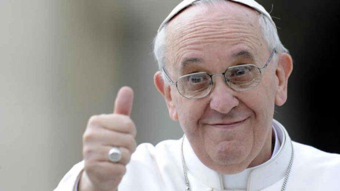 Instagram: Tri miliona pratilaca pape 1
