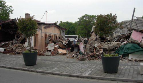 Pet meseci uslovno za rušenje u Savamali 14