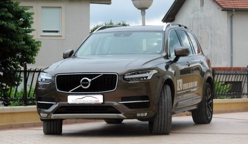 Testirali smo: Volvo XC90 D5 AWD 11