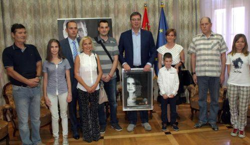 Vučić za novi zakon o transplantaciji organa 11