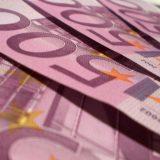 Carinici otkrili 25.000 evra sakrivenih u čarapi 9