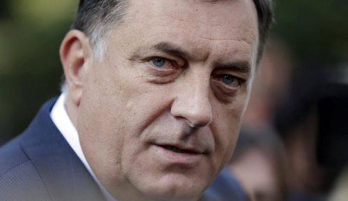 Ako se Dodik ne odazove 3. oktobra, sledi nalog za hapšenje 15
