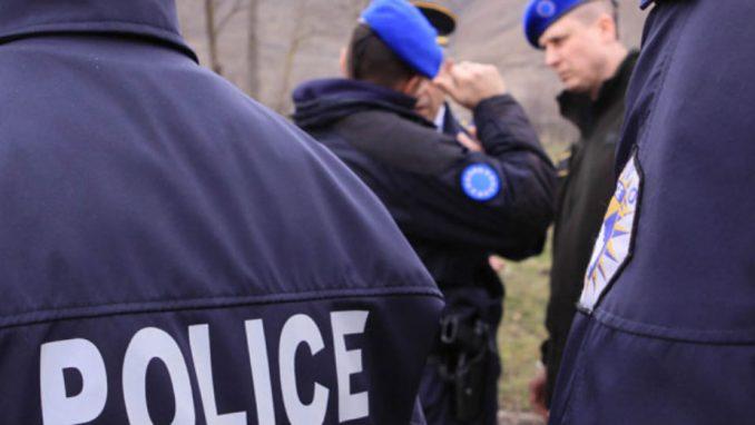 Kosovska policija prekinula odmor, Kfor izvodi vežbe (VIDEO) 4
