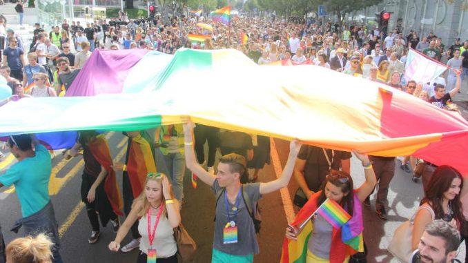 GLIC pokreće kampanju RECI NE političarima i diplomatama na Paradi ponosa 3