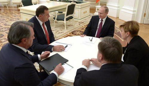 Dodik: Uspešan razgovor sa Putinom 12