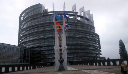Evroposlanici zabrinuti zbog referenduma u RS 10