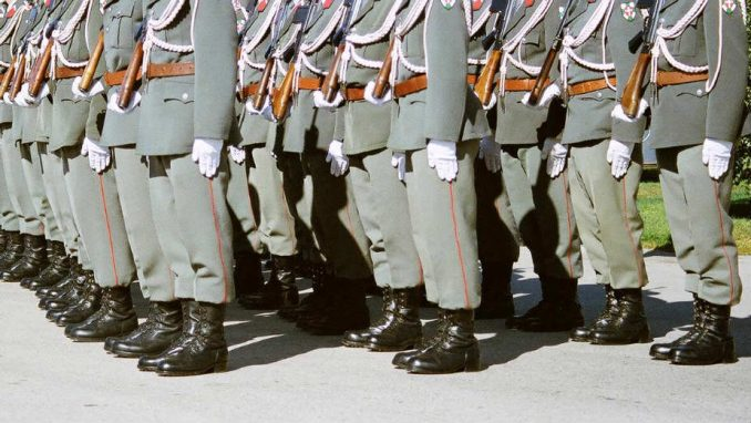 Švedska ponovo uvodi obavezno služenje vojske 1