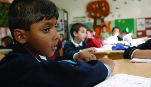 Zakon diskriminiše romski jezik 5