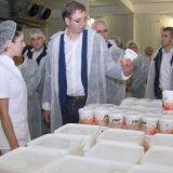 Vučić nerealno obećao 60 evra veće plate 15
