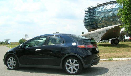 Idealan auto za damu: Mercedes A klase, Auris ili Civic? 7