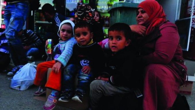 Iz Preševa u Bujanovac prebačene 184 izbeglice 1