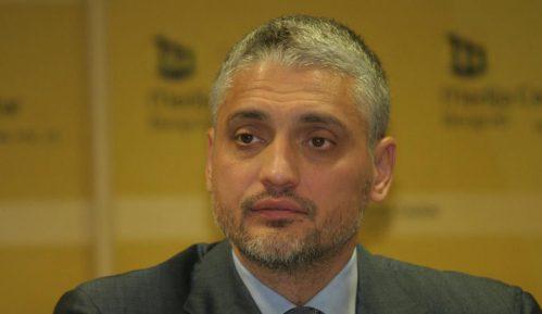 Jovanović: Pokušaj upada u Skupštinu organizovali ratni zločinci i profiteri 9