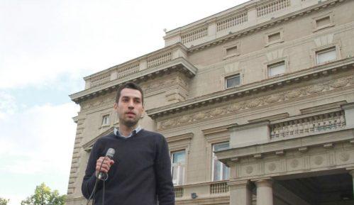 Veselinović: Ne treba izlaziti jednostrano sa stavom o bojkotu, potreban zajednički stav 13