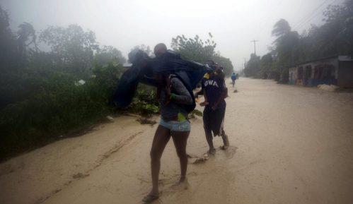 Uragan Metju za sada odneo 11 žrtava 9
