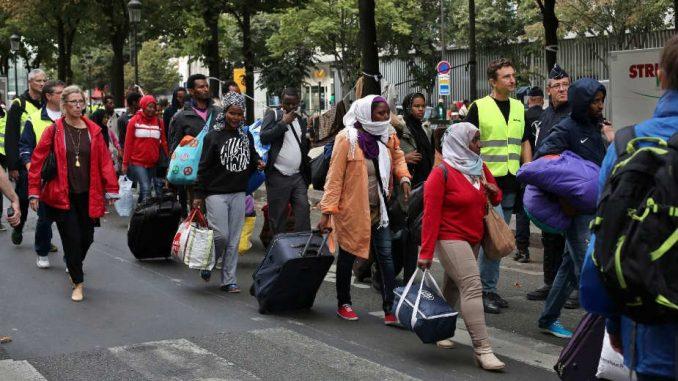 Mladić zabranio migrantu da sedne do njega u autobusu, iako je imao numerisanu kartu 2