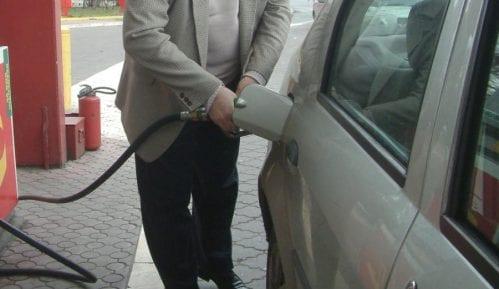 Poreznici utvrdili nepravilnosti u prometu baznih ulja i radu benzinskih stanica u Srbiji 13