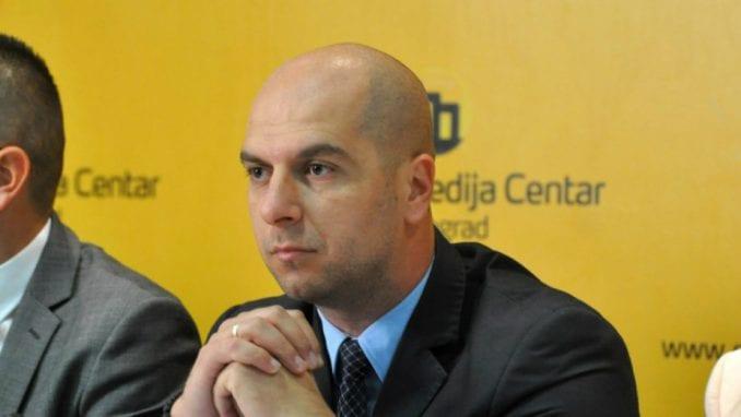 Simić: Brisel da izvrši pritisak na Prištinu 4