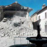 U Italiji bez krova ostalo 100.000 ljudi 9