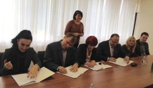 Potpisan kolektivni ugovor za predškolce 14