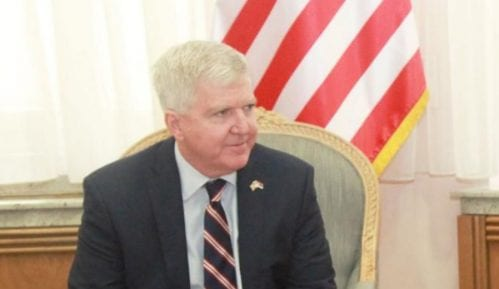 Skot: Da se pronađe trajno rešenje za Kosovo 9