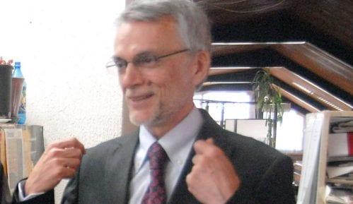 Beljanski: Ispada da sam branio doktorat protivno svojoj volji 9