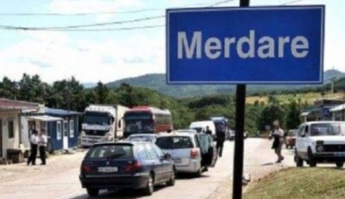 Redovi na prelazu Merdare zbog BiH tablica 6
