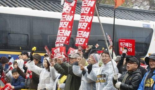 U Seulu na hiljade protestanata traže ostavku predsednice 7