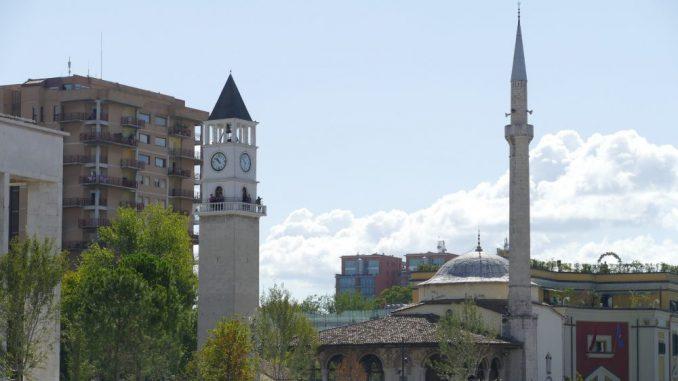 Beograd pomaže Tirani na evropskom putu 1