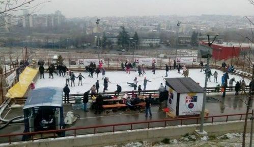 Otvoreno klizalište u naselju Stepa Stepanović 10
