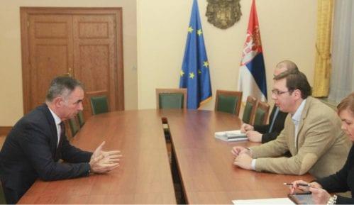 Vučić se sastao sa Pupovcem 4