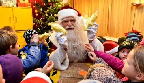 Pošta Srbije: Konkurs za izbor najlepših pisama Deda Mrazu do 6. decembra 12