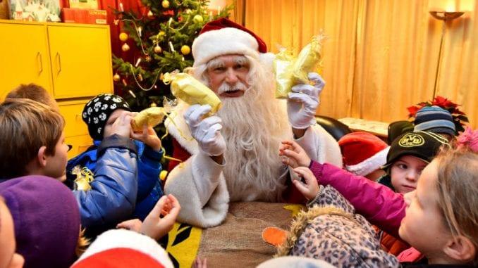 Pošta Srbije: Konkurs za izbor najlepših pisama Deda Mrazu do 6. decembra 5