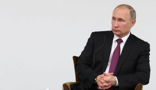 Putin potpisao zakon koji proširuje kontrolu vlasti nad internetom 15