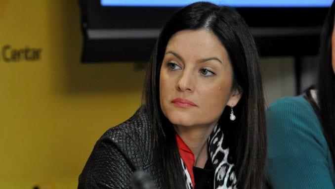 Marija Obradović: Davenport izlazi iz svojih okvira 1