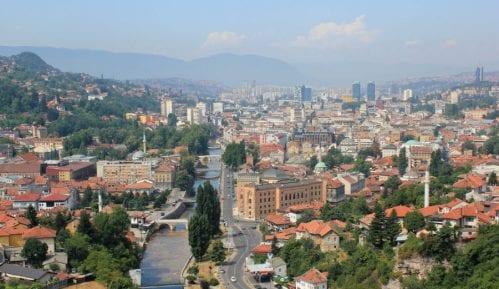 U Sarajevu zbog zagađenja par-nepar tablice 13