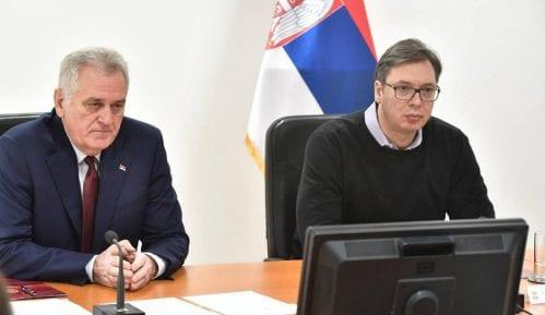 Izjavama o ostavci Nikolić provocira Vučića 11