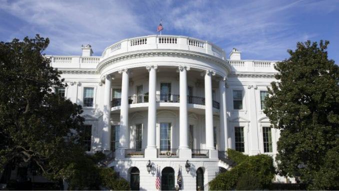 Korona virus nameće nove teme za izborne kampanje u Americi 1