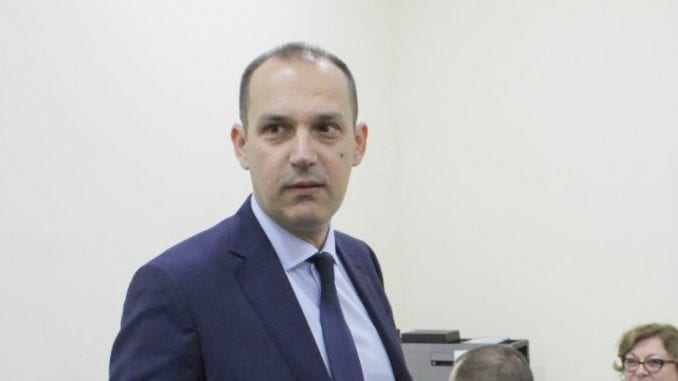 Opozicija očekuje smenu Lončara i istragu 1