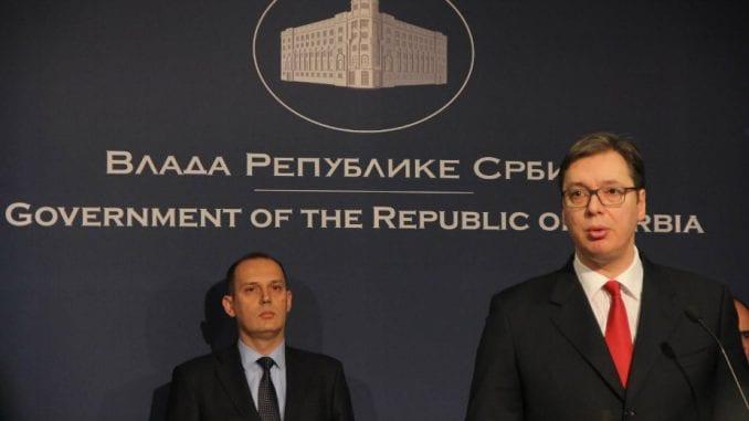 Vučić i dalje veruje Lončaru 1